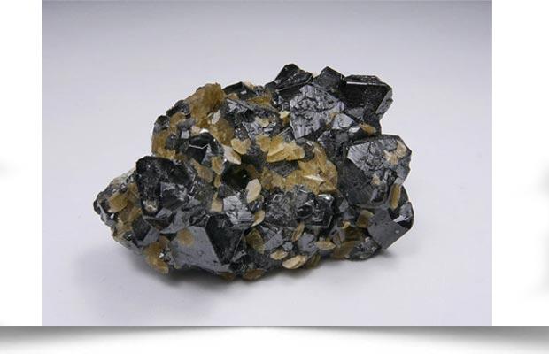 سنگ معدنی کاسیتریت