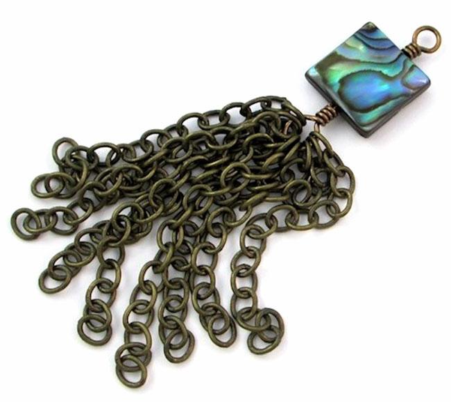 زنجیر منگوله دار