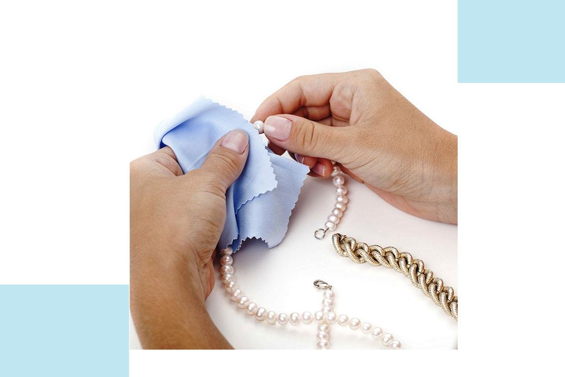 تمیز کردن جواهرات مروارید
