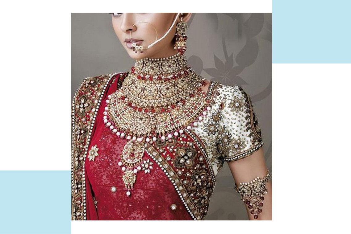 تمیز کردن جواهرات لباس